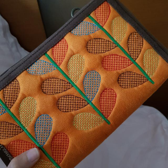 Small Simple Sling Bag