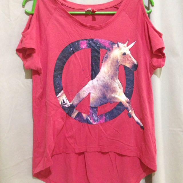 Unicorn 🦄 Tshirt- Divided by H&M