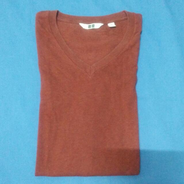 Uniqlo V Neck Shirt