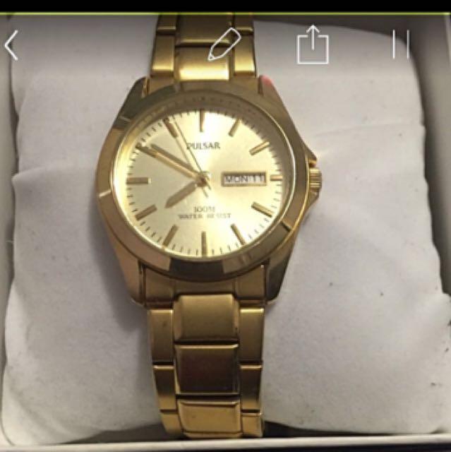 Unisex Pulsar Gold Watch
