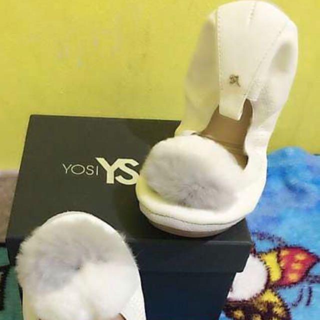 Yosi Samra Pompoms White Size 6