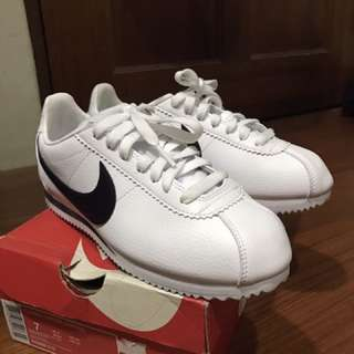 Nike阿甘 白色24.5/6.5