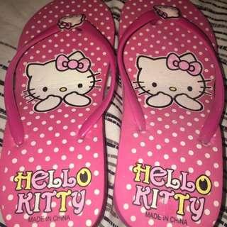 Hello Kitty 🐱 Slippers