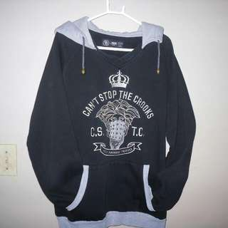 CROOKS AND CASTLES HOODIE SIZE LARGE - $50 - 9/10 CONDITION