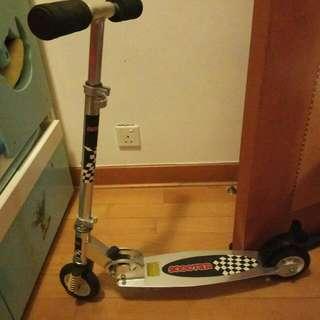 滑板車(二手,8成新)