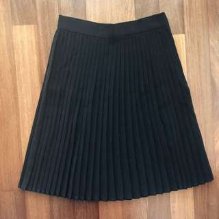 American Apparel Pleaded Skirt Size M