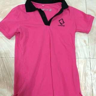 粉紅色Polo恤