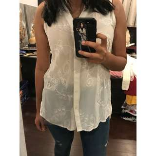 SuiteBoutique White Lace Blouse (Size 10)