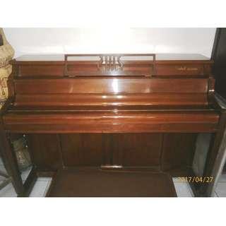 Trebel Eloisa Piano