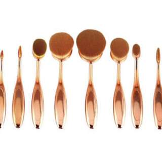 10 Set Oval Brush Set