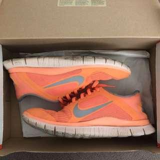 Nike Free-Run 4.0 V3 (PRICE DROP)
