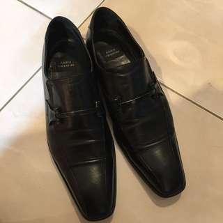 Sepatu Andre Valentino (Black)
