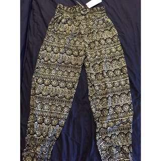 Black & White Cuffed Pattern Pants