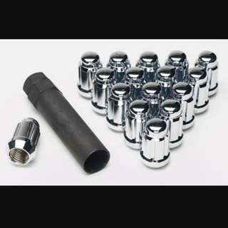 Rim / Wheel Lug Nuts
