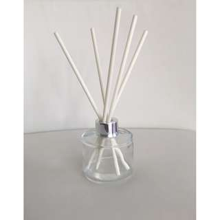 LUXURY 100ml CLEAR BOTTLE REED DIFFUSER WITH SILVER (MATTE OR SHINY) LID