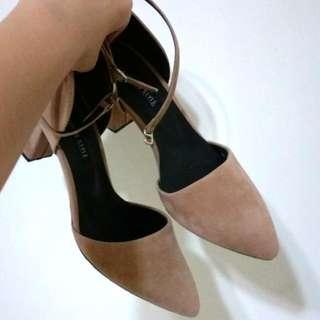 ✨駝色繞踝跟鞋