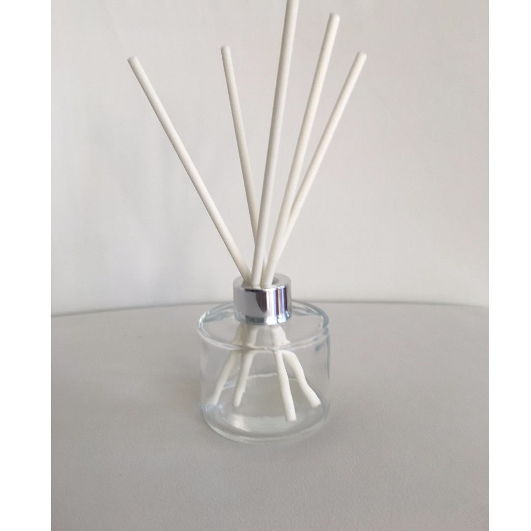 200ml CLEAR SCENTED REED DIFFUSER