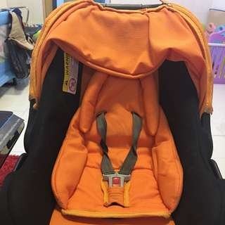 2 In 1 Baby car seat Cum Carrier