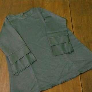 Clothes Abu-abu