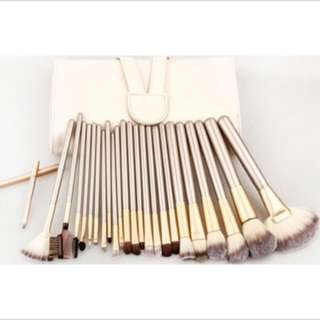 24/18/12 pcs Make Up Brush