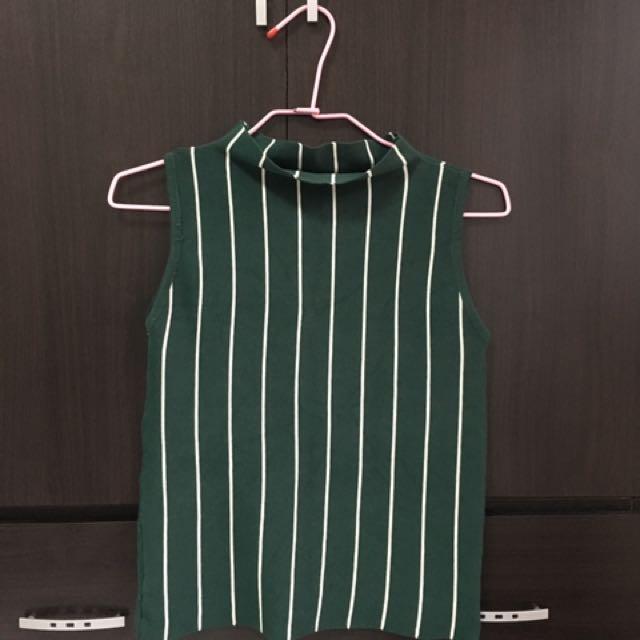 墨綠色針織無袖條紋上衣