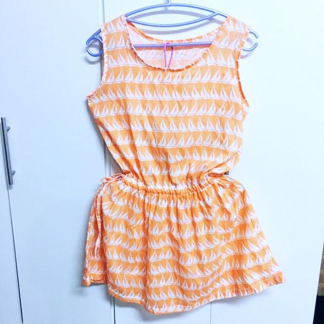 二手👚夏日風情淺橘色側綁帶連身洋裝