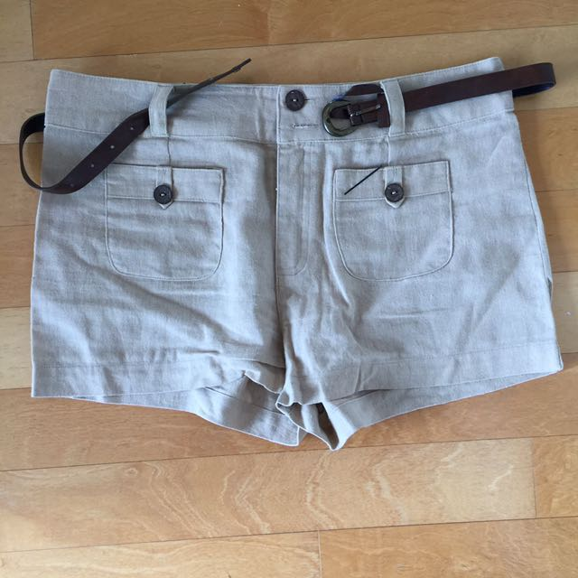 ⭐️ Tan Linen Shorts