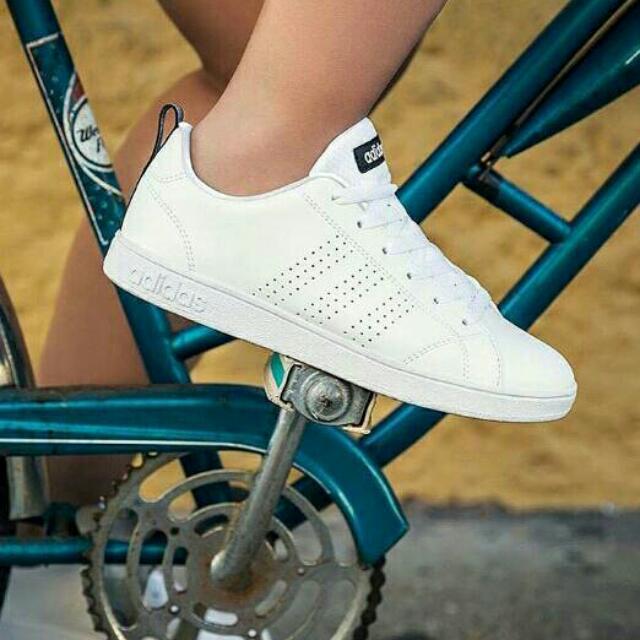 Adidas Neo List Hitam