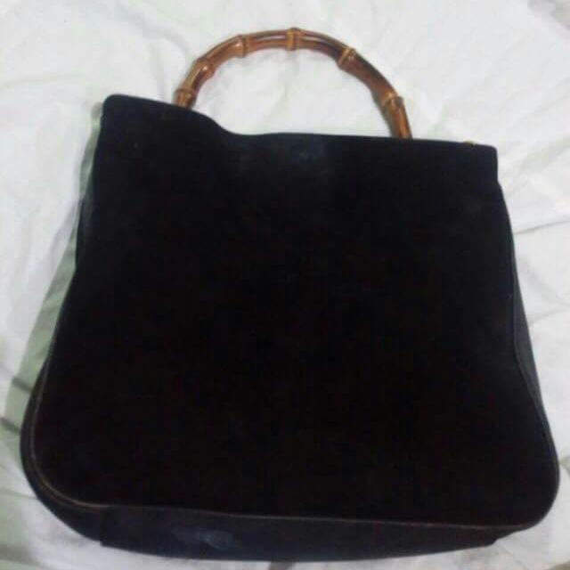 35f3724b9bbf24 auth vintage gucci bamboo suede hobo bag, Women's Fashion, Bags ...