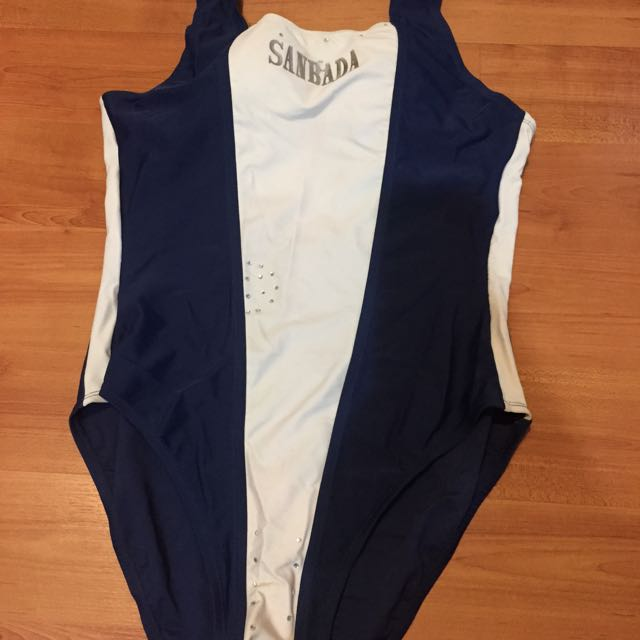Baju Berenang