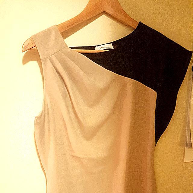 Calvin Klein Dress In Small