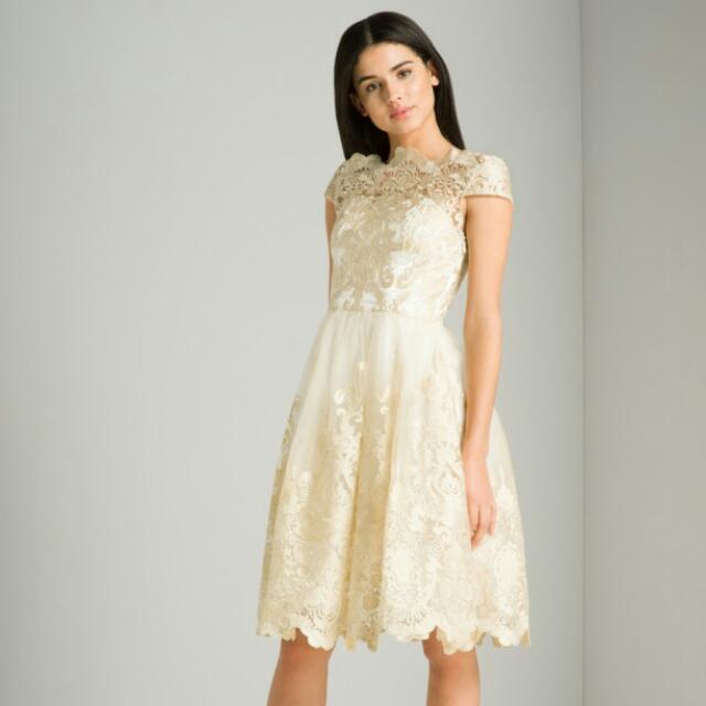 CHI CHI LONDON bridal dress  Size 8 BNWT