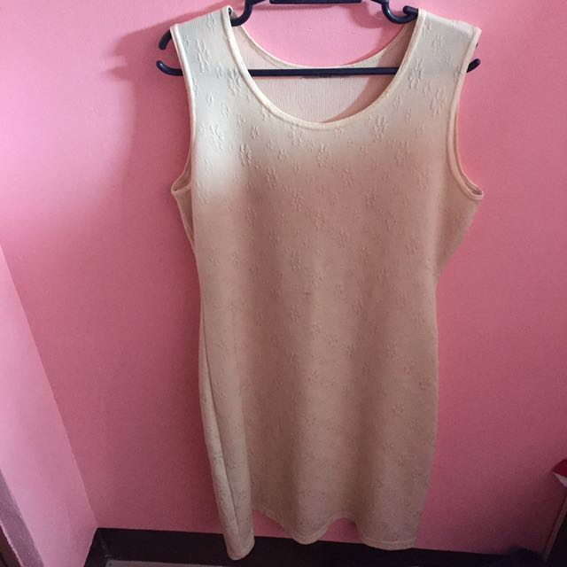 Dress (sleeveless)