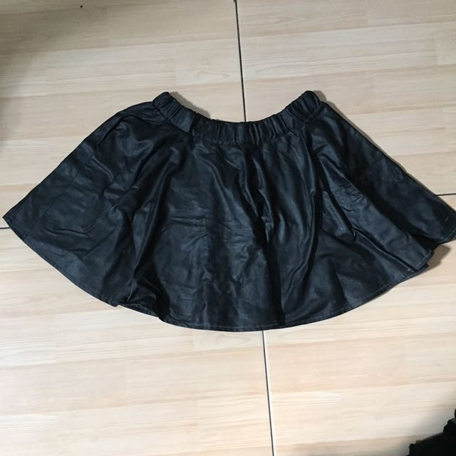 faux leather flare skirt