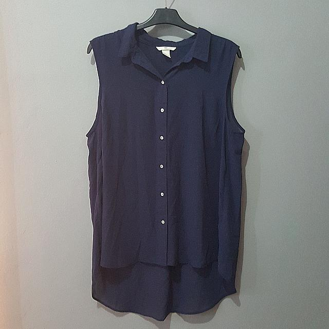 H&M Sleveless Shirt