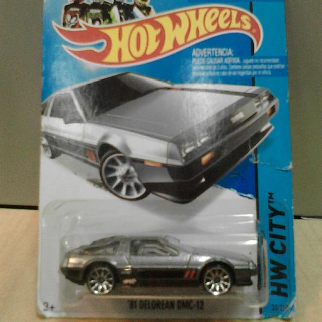 Hot Wheels '81 DELOREAN DMC-12 Silver
