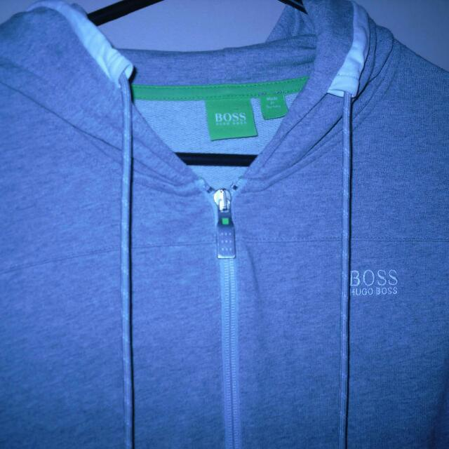 HUGO BOSS HOODIE SIZE LARGE - $100 - 10/10 CONDITION