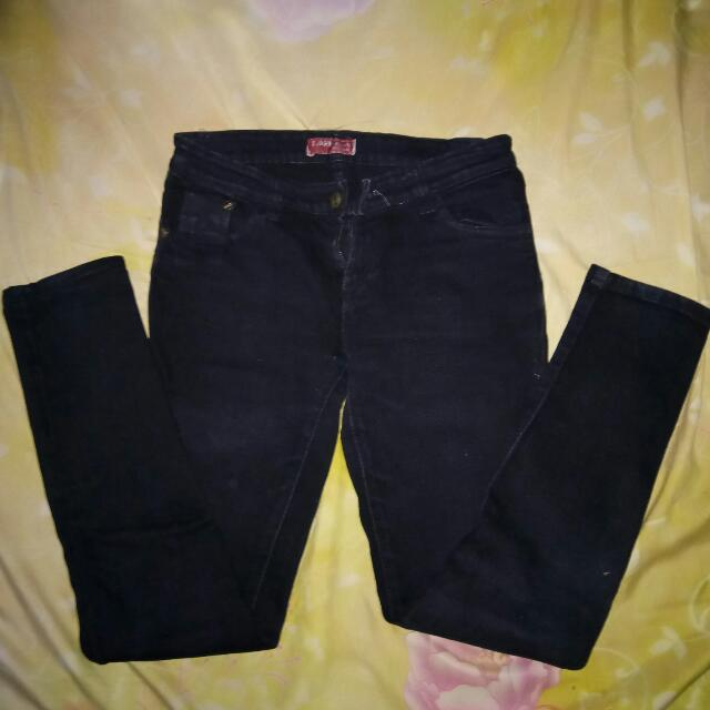 Jeans Hitam Size 38