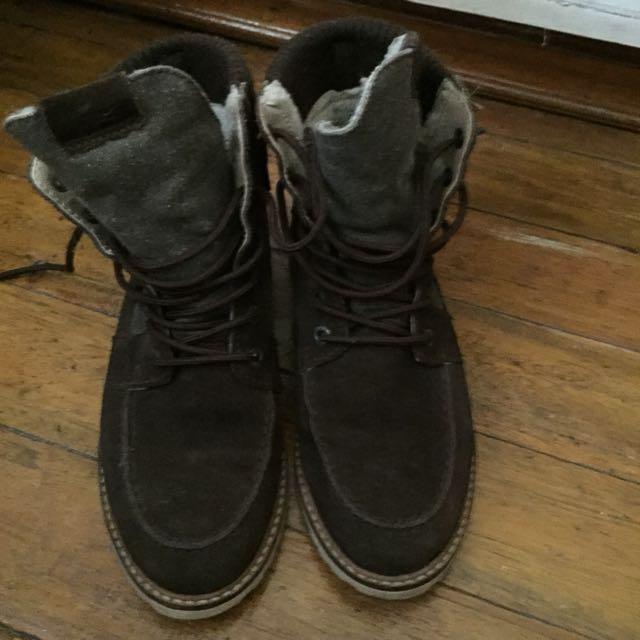 Original Lacoste Boots
