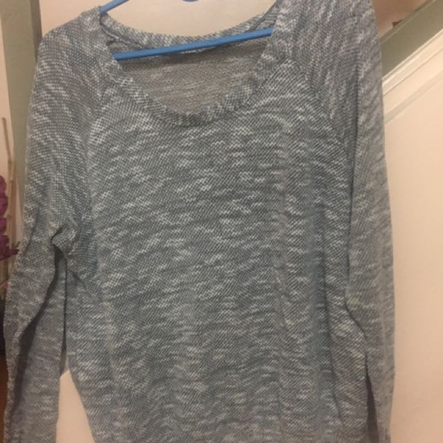 Long Sleeves Blouse/sweater