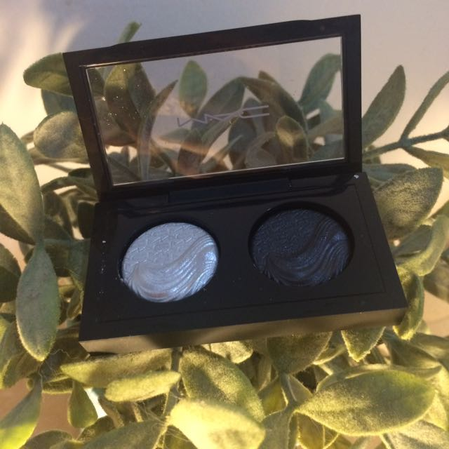 MAC Eye Shadow Duo