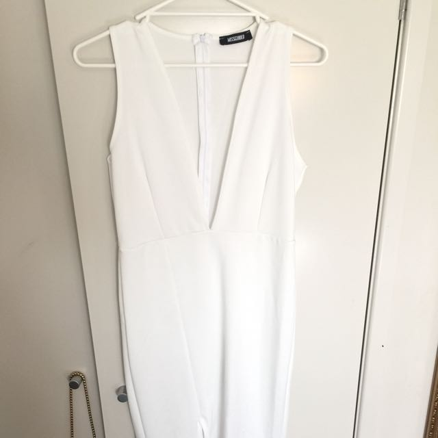 Missguided V Plunge White Evening  Maxi Dress