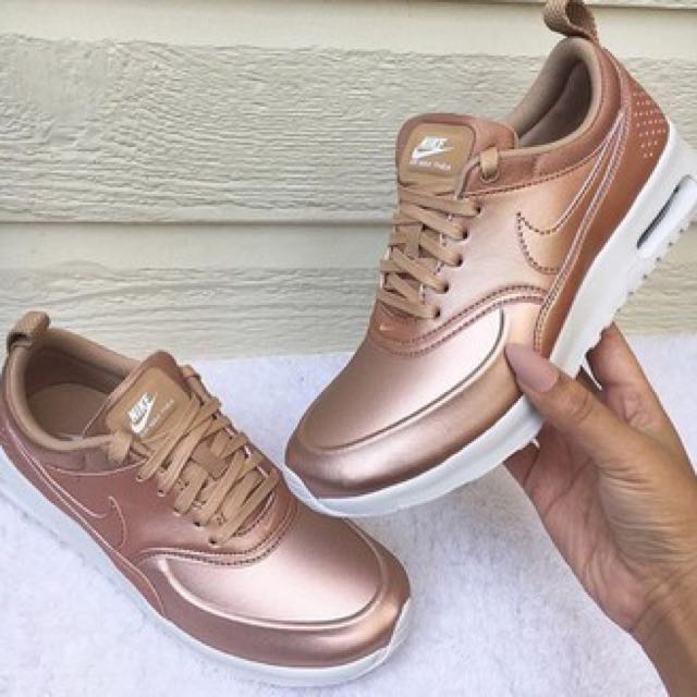 nike air max thea rose gold se