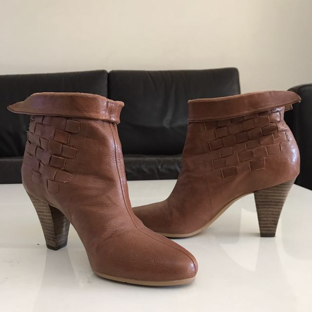 Nine West leather Tan boots