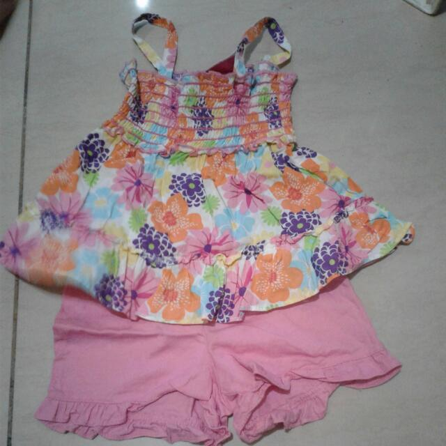 park bench kids top and shorts