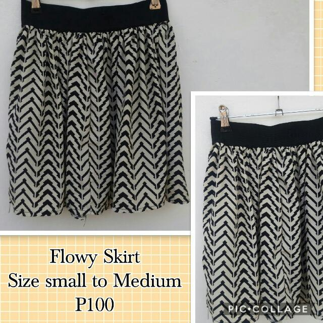 Printed Flowy Skirt
