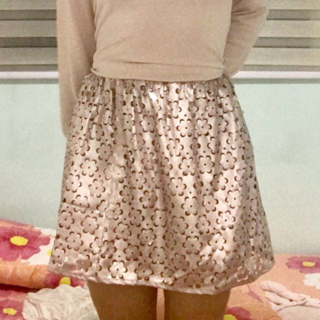 SALE H&M Metallic Pink Floral Skirt