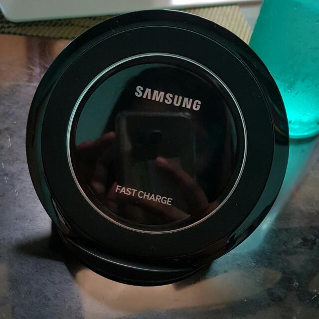 Samsung Qualcumm quick charger 3.0 wireless charging pad for note 5, s6/s6+ and s7/s7 edge only.