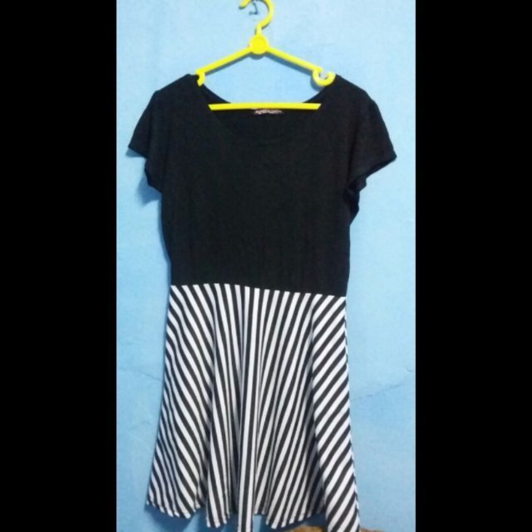 Simply Black Zebra dress