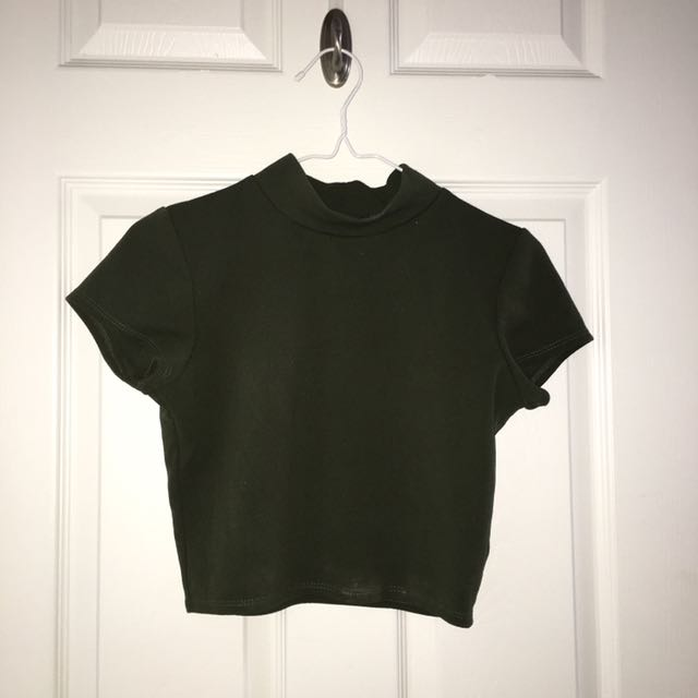 Sirens Mock-neck Cropped Top
